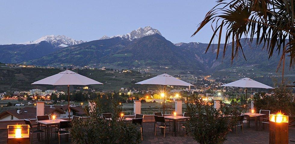 Wellnesshotel in s dtirol 4 sterne hotel pazeider in for Design wellnesshotel sudtirol