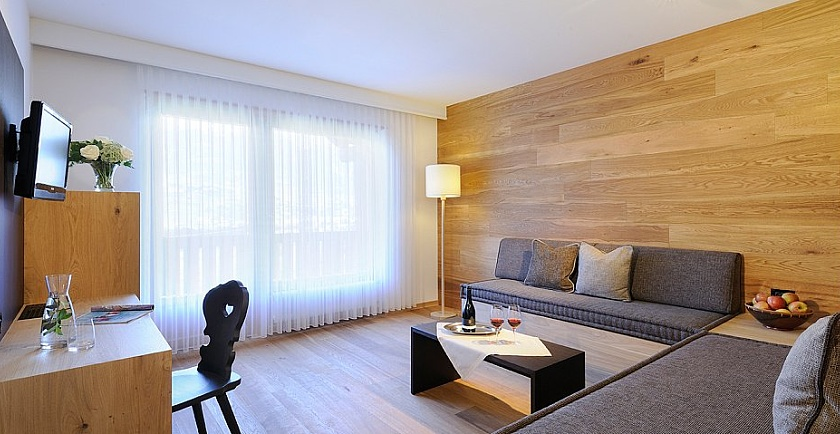 Familienzimmer Suiten Fur Familien Im Hotel Pazeider In Sudtirol